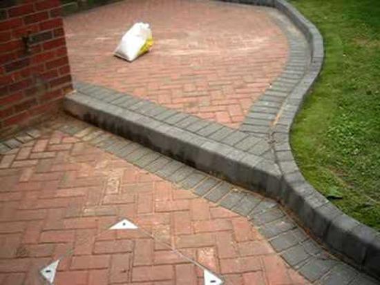 blockpaved rear garden patio. warwick, warwickshire